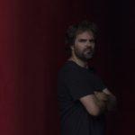 Invertir en artistas del presente: SANTIAGO LARA