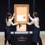 La primera obra de arte creada en una sala de subastas: Banksy renombra su obra y Sotheby´s la presenta en sociedad